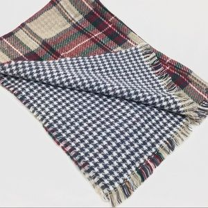Super soft! Plaid blanket scarf
